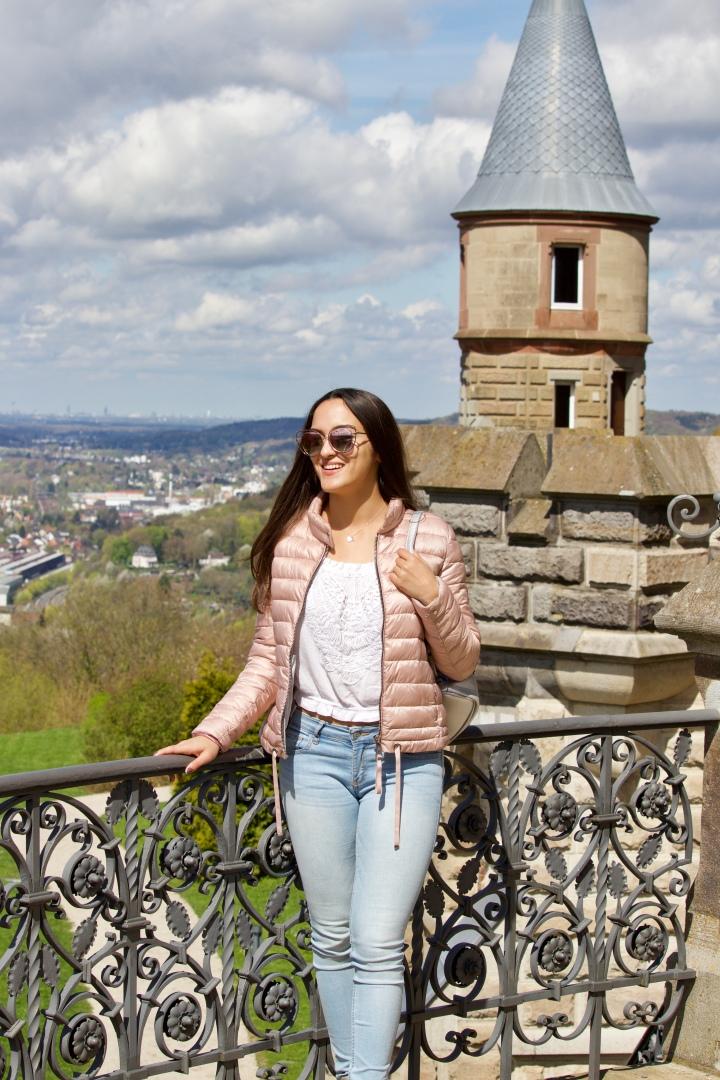Mein Outfit für kühle Frühlingstage | Schloss Besichtigung inBonn